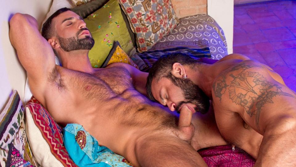 Испанское гей порно фото