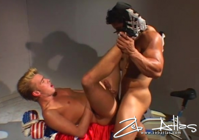 Muscle Man Wrecks Tight Ass with his Big Pecker