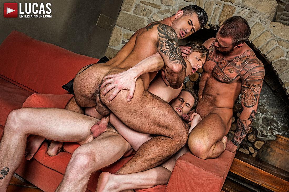 Adam Killian, Marq Daniels, Michael Roman and Brian Bonds 4