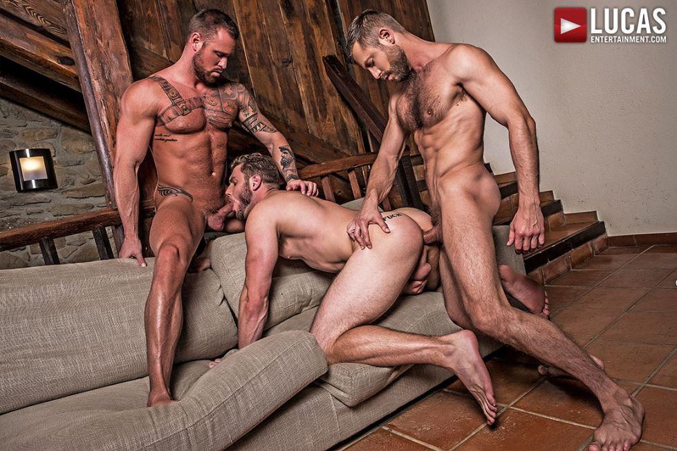 Bulrog, Michael Roman and Ace Era 5