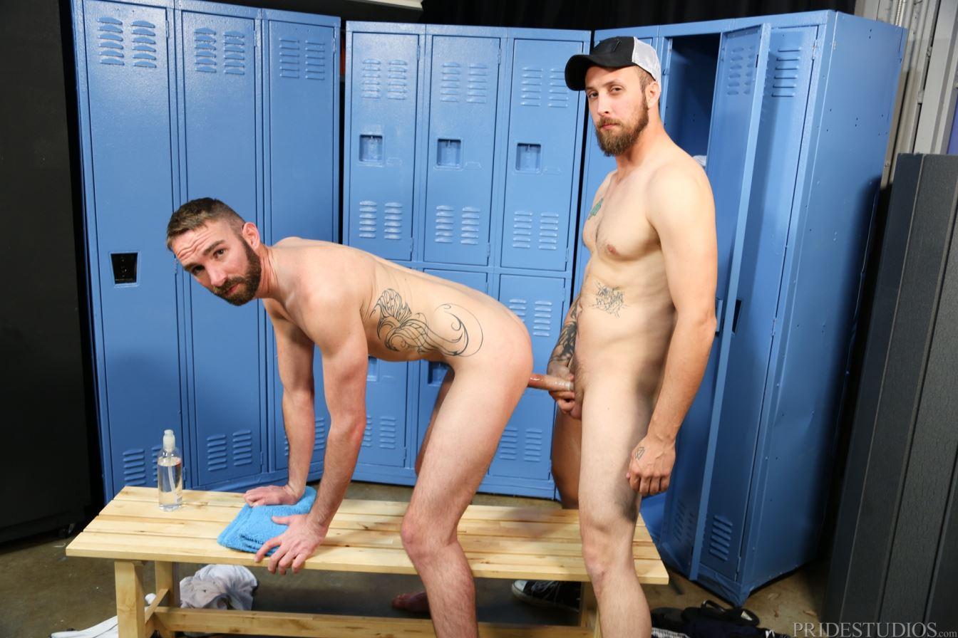 Gay oral in lockers xxx ashton rush and 4