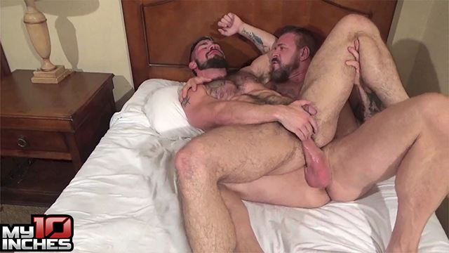 Aarin Asker and Rocco Steele 7