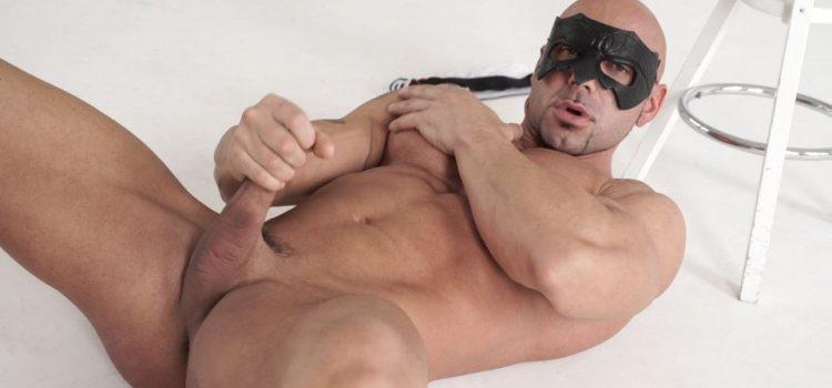 Ricci Hulk Jerks Off