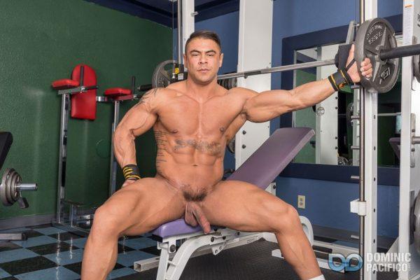 Body Building With Draven Navarro