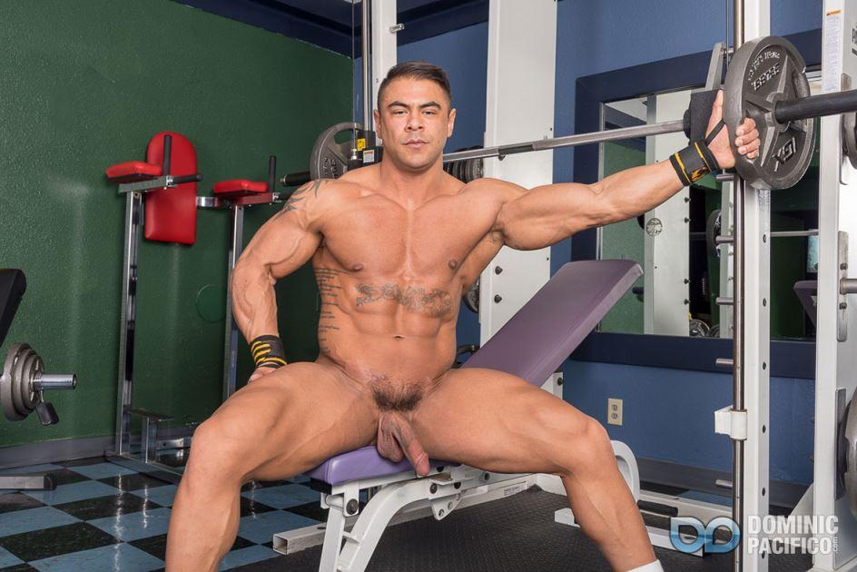 Body Building With Draven Navarro 5