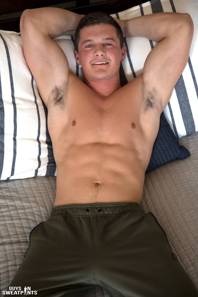 Guys In Sweat Pants: Shaun Jerks Off 2