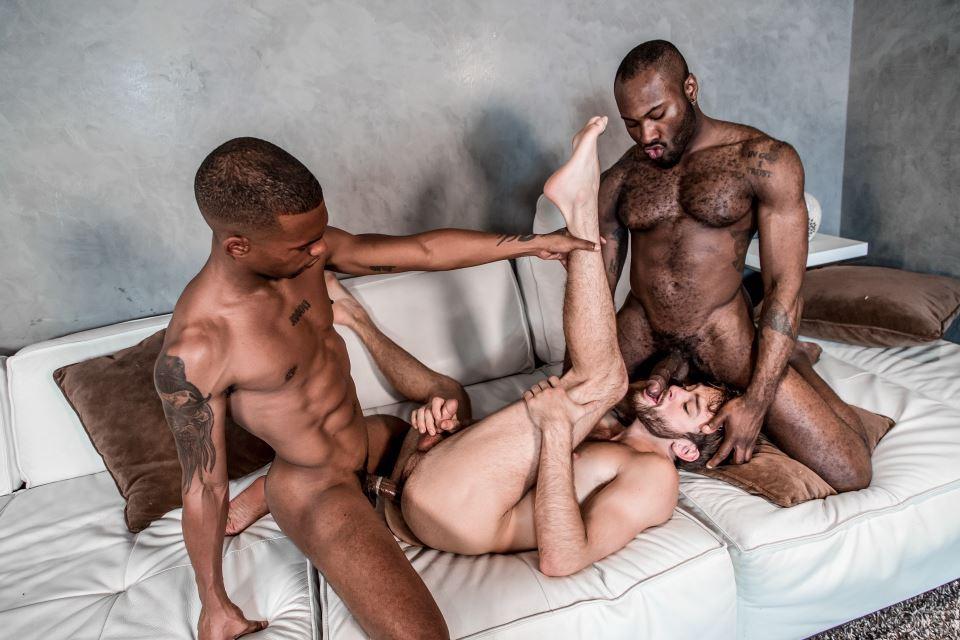 Noah Donovan, Max Adonis and Jacen Zhu 6