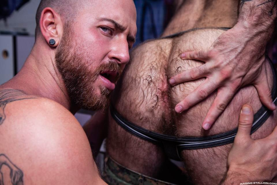 Otter Erotic: Teddy Bear and Nigel March 1