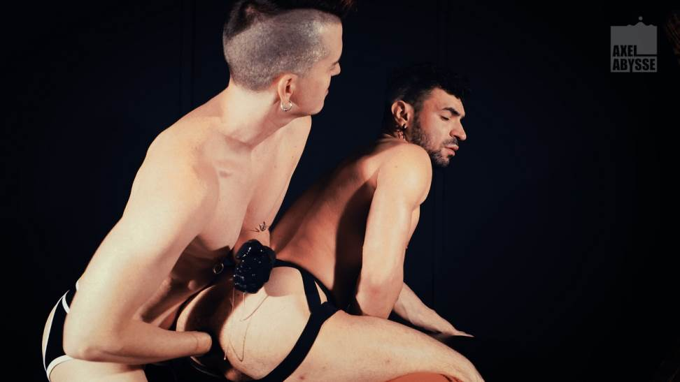 Ian Greene and Axel Abysse - Gay Fisting 4