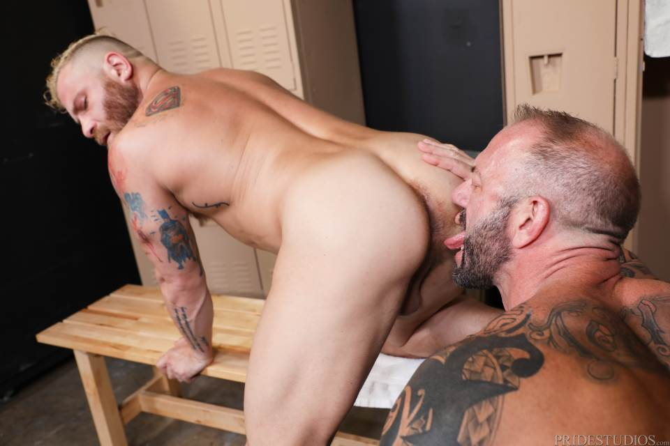 Vic Rocco fucks Riley Mitchell bareback for Pride Studios 3