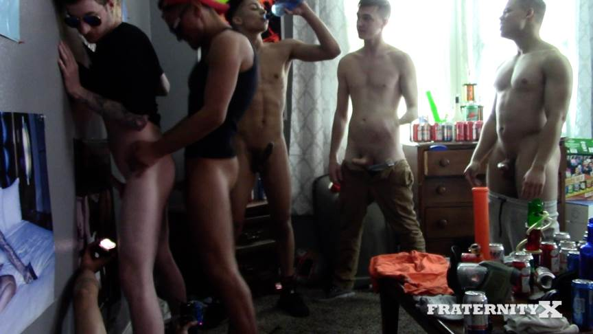Fraternity X: Fucking The Cum Of Him